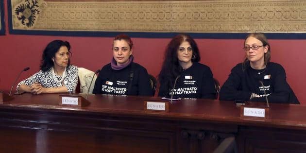 Las mujeres de Velaluz en una ponencia en el Senado