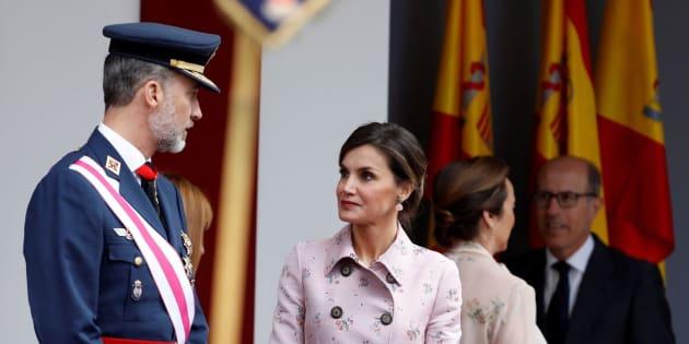 El rey Felipe, acompañado por la Reina Letizia, preside hoy el acto central del Día de las Fuerzas Armadas que se celebra en Logroño.