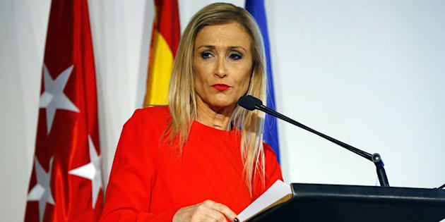 La presidenta de la Comunidad de Madrid, Cristina Cifuentes, en el Colegio Oficial de Arquitectos de Madrid.