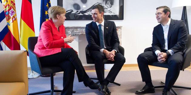 Merkel, Sánchez y Tsipras tras su encuentro.