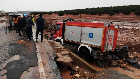Tragedia en Málaga por el temporal: muere un bombero en las tareas de