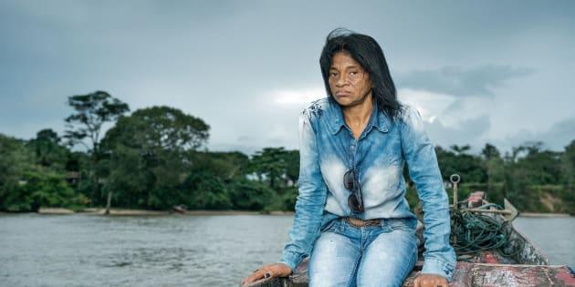 Maria do Socorro faz campanhas contra comunidades de hidrelétricas, supostamente responsáveis pelo envenenamento por água na cidade de Barcarena, no Brasil.