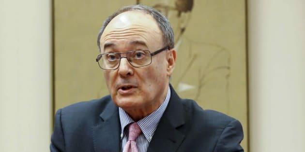 El gobernador del Banco de España, Luis María Linde, durante su comparecencia en el Congreso. EFE/ J.P.Gandul