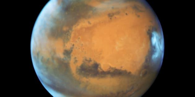 Une image de Mars captée via le télescope Hubble en 2016.