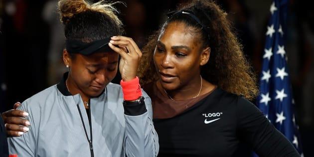 Naomi Osaka y Serena Williams, tras la final del US Open.