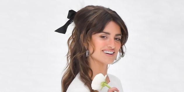 Penélope Cruz desfiló en la asarela de la última colección de Karl Lagerfeld para Chanel.