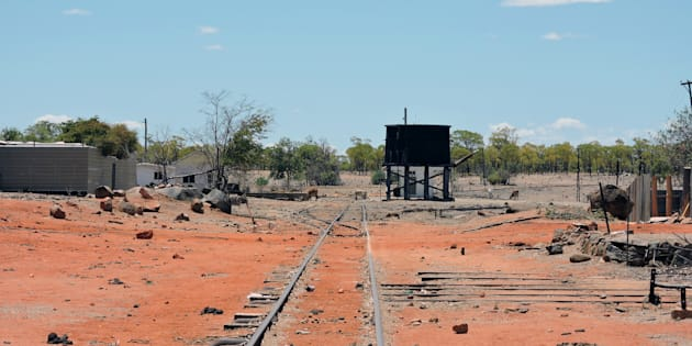 The body of a man has been found after a mine collapse in remote Queensland.