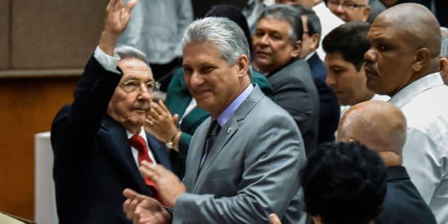 Raúl Castro junto a Miguel Diaz-Canel, este miércoles.