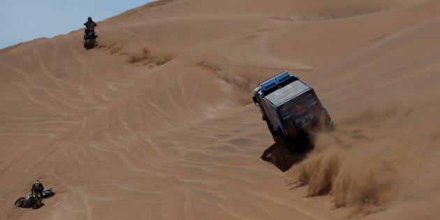 Un momento de la prueba del Dakar
