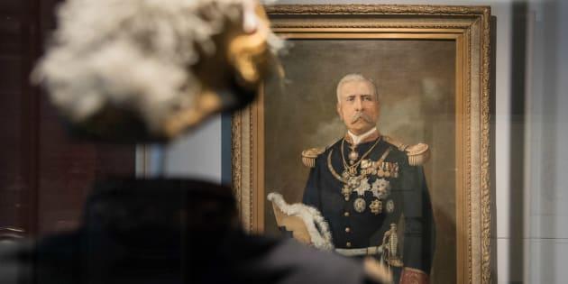 El Museo Histórico del Palacio Nacional reúne más de 400 documentos, objetos y multimedia del acervo patrimonial de la nación, que relatan cinco siglos de la historia de México.