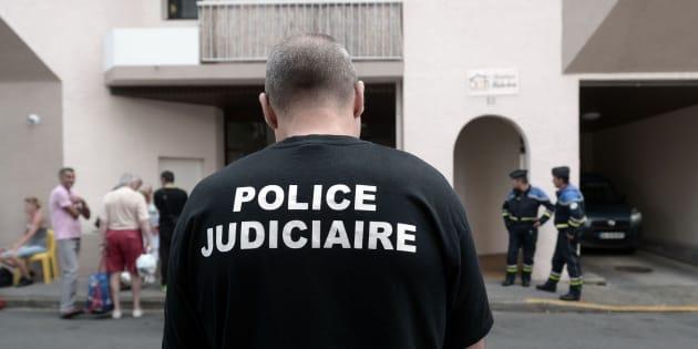 La policía en el lugar de los hechos en la ciudad francesa de Pau.