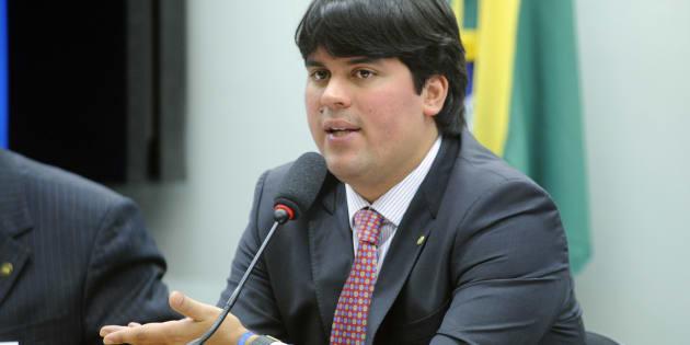 Deputado André Fufuca (PP-MA)  irá assumir temporariamente Presidência da Câmara.