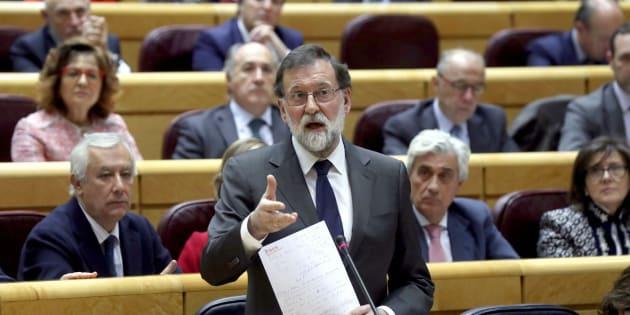 El presidente del Gobierno, Mariano Rajoy, en el pleno en el Senado. EFE/Kiko Huesca