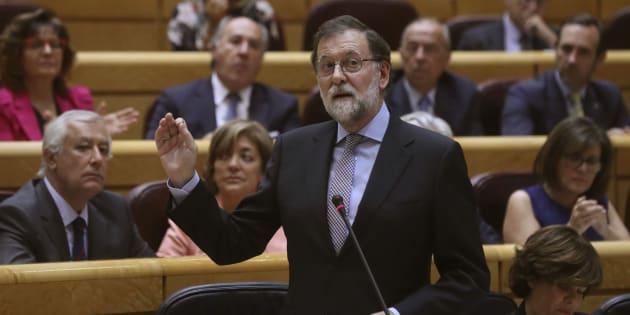El presidente del Gobierno, Mariano Rajoy, interviene en la sesión de control al Ejecutivo de este martes.