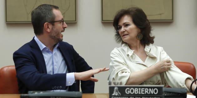 Javier Maroto y Carmen Calvo en el Congreso