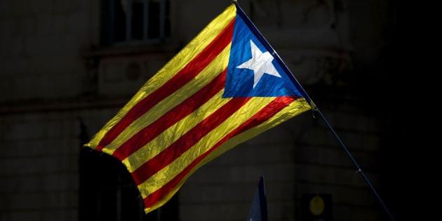 La estelada, la bandera por la independencia de Cataluña.