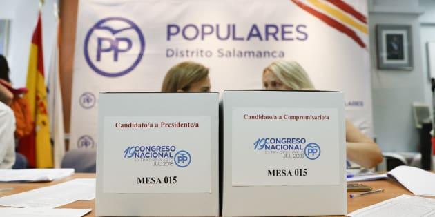 Urnas dispuestas durante la celebración de las primarias del PP.