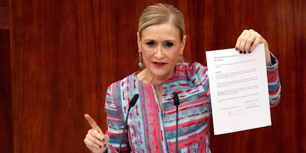 La presidenta madrileña, Cristina Cifuentes, en la Asamblea.
