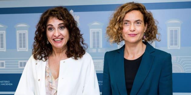La ministra de Hacienda, María Jesús Montero y la ministra de Política Territorial, Meritxell Batet.