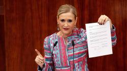 Cifuentes le lanza un dardo a Màxim Huerta tras su fraude a