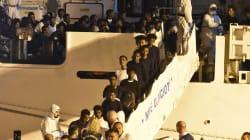 Desembarcan todos los inmigrantes que llevaban diez días retenidos en un buque en Catania