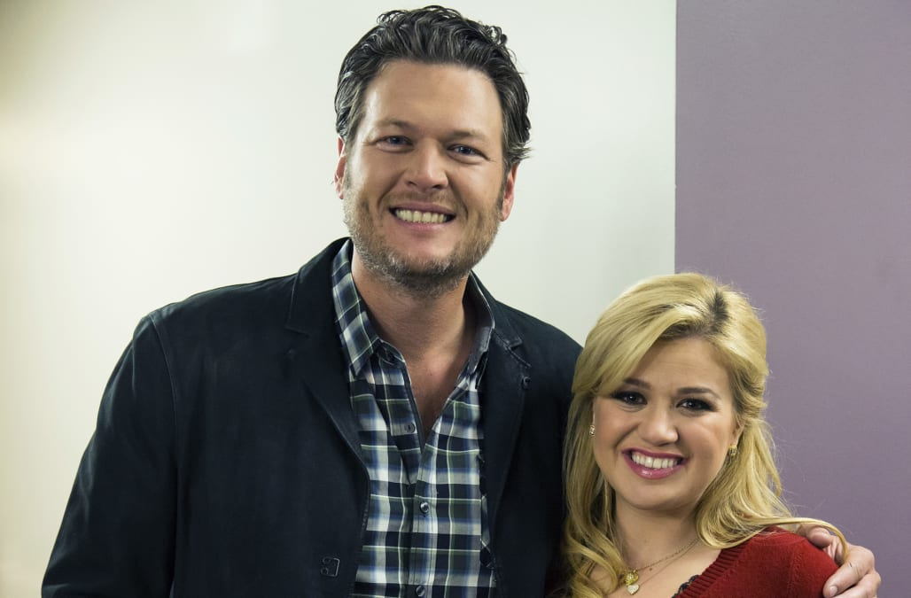 Blake Shelton reveals Kelly Clarkson's NSFW advice on their