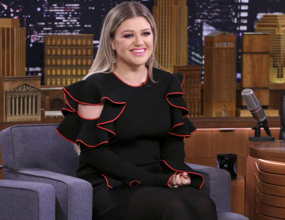 Kelly Clarkson talk show picked up by NBC