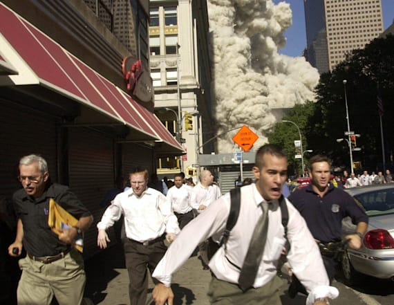 Man in famous 9/11 photo dies from COVID-19