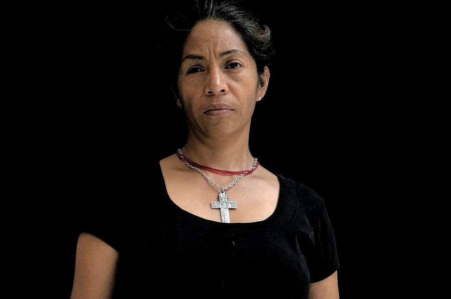 """Guadalupe Gómez, 46 años: """"Mi hijo hoy tiene 18 años y por él he salido adelante""""."""
