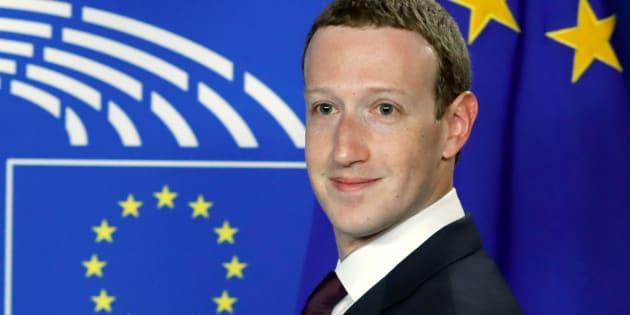El CEO de Facebook Mark Zuckerberg en su audiencia en la Eurocámara.