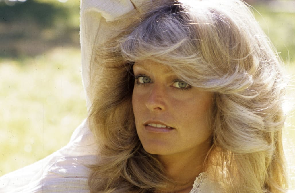Throwback Beauty How To Get Classic Farrah Fawcett Curls At Home Aol Lifestyle