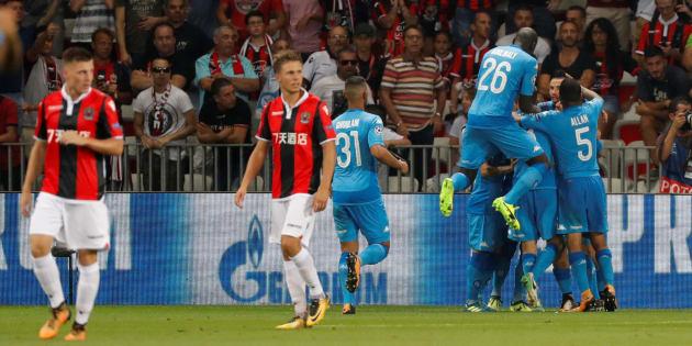 Les Napolitains célèbrent leur ouverture du score à Nice le 22 août 2017.