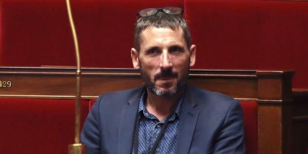 """Le député Matthieu Orphelin fait son coming-out médiatique et veut que ce soit """"utile"""""""