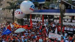 Lula retranché parmi ses partisans à l'approche de son