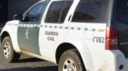 Un guardia civil fuera de servicio detiene en Mérida a un hombre que estaba metiendo a su pareja en el maletero del