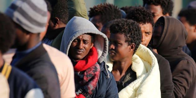 Circulaire Collomb: le conseil d'État ne suspend pas le recensement des migrants, une victoire pour le ministre
