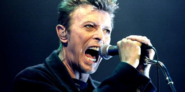 Celebran cumpleaños de Bowie con demo