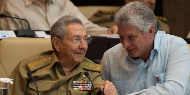 """Le nouveau président cubain n'est ni un Castro ni un militaire mais """"il n'y a aucune rupture"""""""