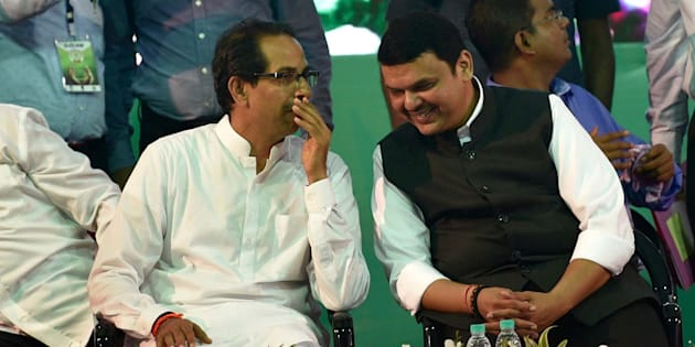 File photo of Maharashtra chief minister Devendra Fadnavis (R) and Shiv Sena chief Uddhav Thackeray.
