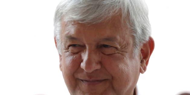 Andrés Manuel López Obrador es quien ahora puntea las preferencias electorales en México, en un distante tercer lugar permanece Jose Antonio Meade Kuribreña.