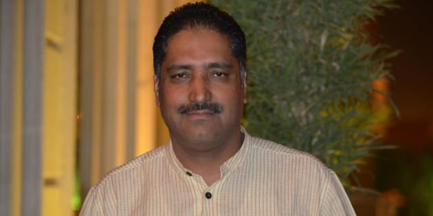 Rising Kashmir editor Shujaat Bukhari and his PSO shot dead in Srinagar