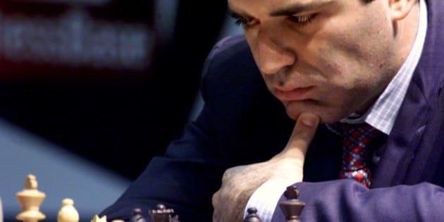 """Garry Kasparov: """"L'assassinat de l'espion russe est un signal:  ceux qui parlent termineront comme lui"""""""