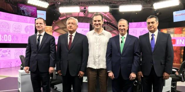 Los candidatos a la Presidencia de México durante el tercer debate presidencial en Mérida, Yucatán.