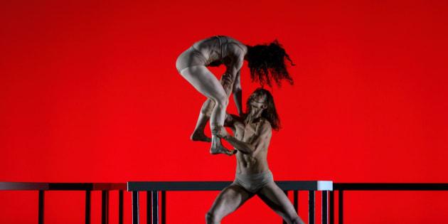Bailarinos em 'Das Tripas... Coração', de autoria do atual diretor artístico Ismael Ivo.