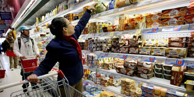 Des centaines d'aliments de grande consommation, comme le Nutella ou le Coca Cola, vous coûteront plus cher à partir de ce 1er février (Image d'illustration).