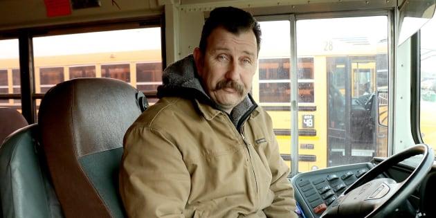 John Lunceford conduit chaque jour les enfants de l'école du district de Kennewick depuis trois ans.