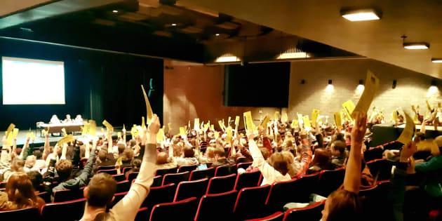 L'assemblée générale de l'AFESH-UQAM a voté en faveur d'un mandat de grève d'une semaine pour réclamer la rémunération de tous les stages étudiants.