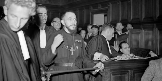 L'Abbé Pierre en 1949, alors député de Meurthe-et-Moselle.