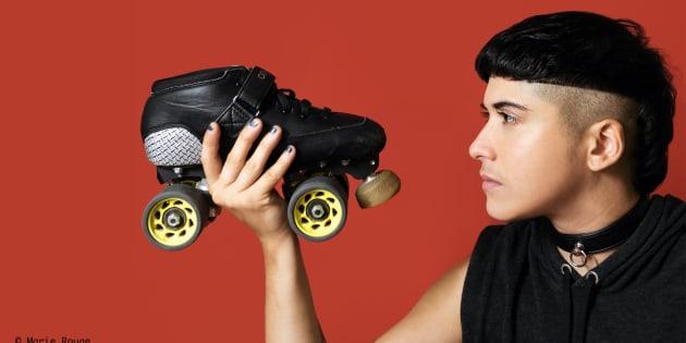 """Dans """"Gender Derby"""", rencontrez Jasmin, jeune garçon trans et passionné de roller derby"""