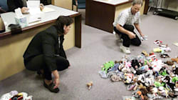 Photo Of Divorced Couple Splitting Up Their Beanie Babies Is Peak